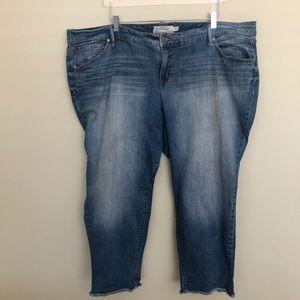 Torrid | Distressed Cropped Jeans Frayed Hem - 26